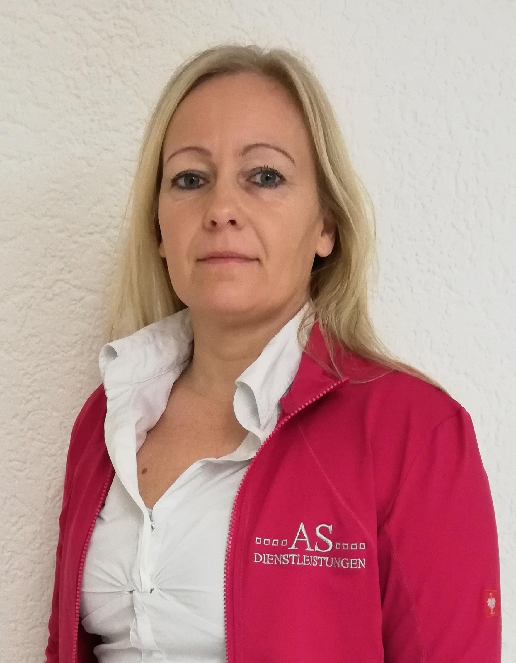 Frau Tanja Edel6